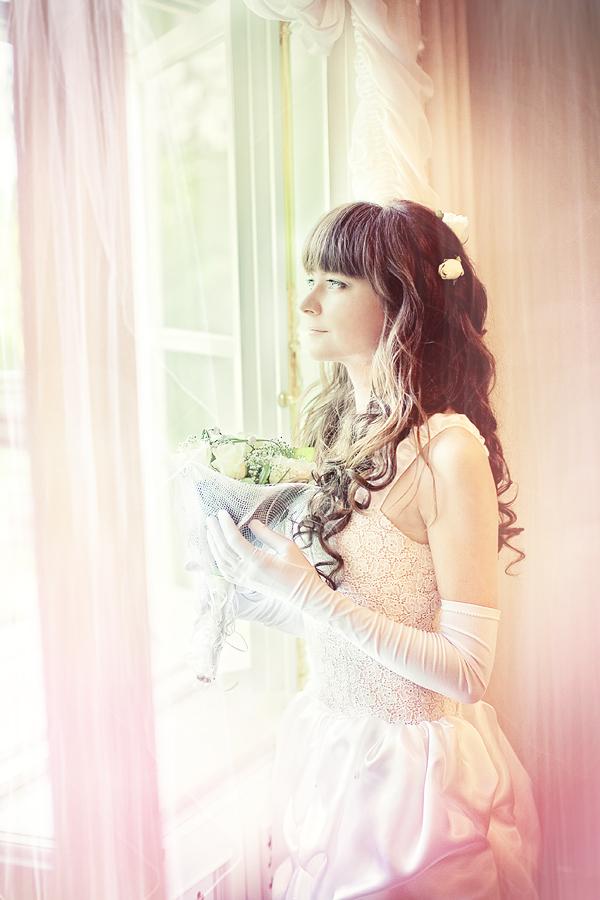 свет из окна - свадебный портрет