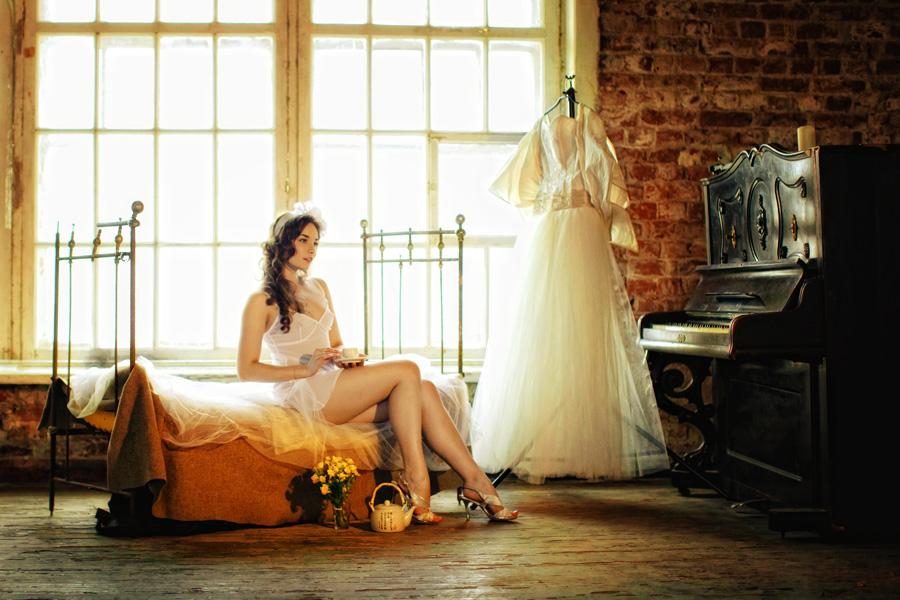невеста в будуарном платье